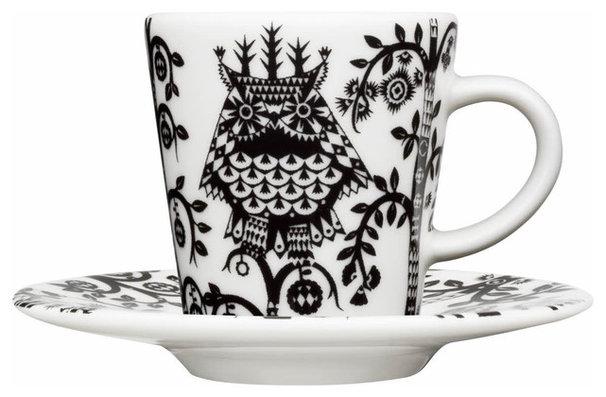 Traditional Mugs by Fitzsu