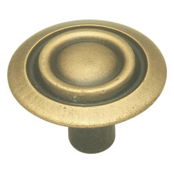 Hickory Hardware - Hickory Hardware 1-1/8 In. Cavalier Antique Brass Cabinet Knob - Classic lines, finishes and styles create a warm and comforting feel.  Usually 18th-century English, 19th-century neoclassic, French country and British Colonial revival.  Use of classic styling and symmetry creates a calm orderly look.