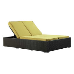 Modway - Evince Chaise in Espresso Peridot - Fuse together balanced portrayals with the Evince Chaise Lounge. Bring a tangible expression to your outdoor porch or pool setting from heightened perspectives. With a dual-adjustable upper portion and cushions on an espresso rattan base, demonstrate your objectives while holding onto guarded elegance.