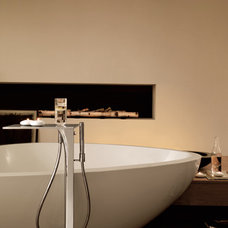 Modern Bathtubs by Build.com