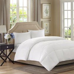 None - Sleep Philosophy Canton Year Round 2-Layer Down Alternative Comforter - The 2-layer down alternative comforter is the perfect solution for year round warmth. The functional buttons and innovative design allow you to stay warm in the winter and cool during the summer.