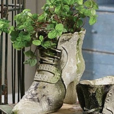 eclectic outdoor planters by kaccents.com