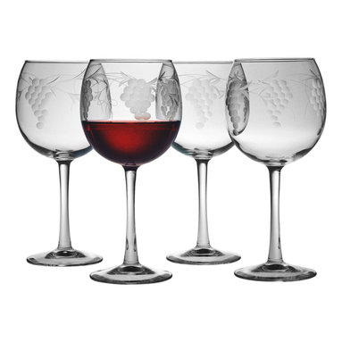 "Susquehanna Glass - Sonoma Handcut Red Wine Glass, 16oz, S/4 - Each 16 ounce red wine glass features a handcut 'Sonoma"" design. Artisans use a series of rotating stone wheels to apply a grapevine design which wraps around the glass. Dishwasher safe. Sold as a set of four. Made and decorated in the USA."