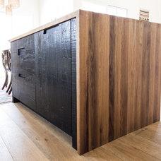 Modern  by BEN RIDDERING design & woodcraft