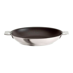 Cristel - Cristel Casteline Stainless Steel Nonstick Fry Pan - Too many cooks spoil the broth, and crowding your frying pan isn't smart either. So choose this amply-sized, 10.25-inch nonstick number for the stove, then detach its removable handle to transform it into a serving piece.