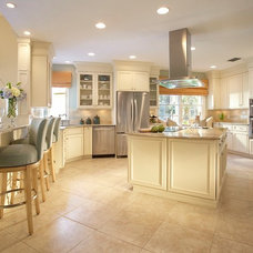 Traditional Kitchen Ventress