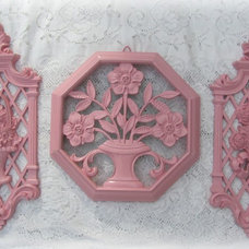 traditional accessories and decor Vintage Pink Wall Plaques