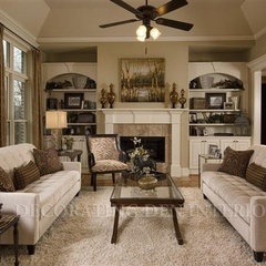 traditional family room by Decorating Den Western MO Rgn