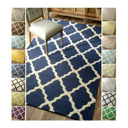 Nuloom - nuLOOM Hand-hooked Alexa Moroccan Trellis Wool Rug (3'6 x 5'6) - Add subtle elegance to a room with this exquisite hand-hooked wool rug. Made from Moroccan trellis wool using petit point stitching,the rug is a joy to walk on,and depending on the color you choose can either ground your room or simply blend in.