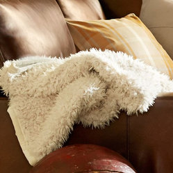 Perry Faux Fur Throw