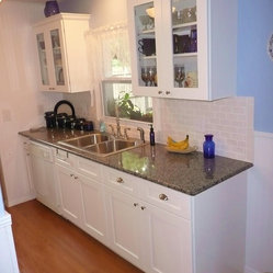 Find Cabinetry, Custom Cabinets, Cabinet Doors, Drawers and Drawer