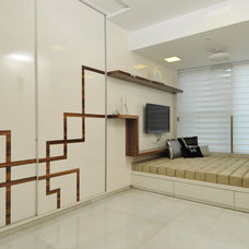 Contemporary Bedroom by Sonali shah