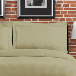 None - Diamante Matelasse Sage Standard-size Sham - Featuring a tonal diamond pattern and luxurious cotton fabric,this sage standard sham will add an earthy touch to your bedding ensemble. The plain weave and solid pattern will work well with other textures and designs,and it is also machine washable.