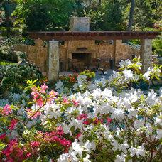 Mediterranean Landscape by Harold Leidner Landscape Architects