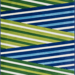 "Loloi Rugs - Loloi Rugs Juniper Collection - Ivory / Green, 2'-7"" x 3'-11"" - Add a fun pop of color to your room with the kid-friendly Juniper Collection. This collection blends vivid colors with sophisticated yet playful patterns like zigzags, diamonds, sweet florals and more. Power-loomed in Egypt of 100% polypropylene, Juniper rugs are easy to clean and color fast so they are perfect for kids' rooms or anywhere you want to smile."