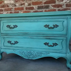 Beautiful Bombay Dresser / Night Stand /Side table!!! -