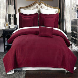 Royal Tradition - RT Checkered Quilted Microfiber 3 Piece Coverlet Set-Burgundy - Luxury Checkered Quilted Wrinkle Free Microfiber 3 Piece Coverlet Set- Burgundy-Experience the comfort and soft touch feel as if these linens were made from Egyptian Cotton. This Coverlet Set is made of 100% high strength Microfiber wrinkle free yarns that will stay soft for years to come.  Machine Washable