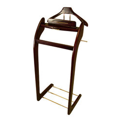 Proman - Proman Windsor Valet Mahogany with Brass Hardware - Windsor Valet Mahogany with Brass Hardware. Elegant design, in style with Brass hardware Suitable for bedroom, guest room and office. Constructed with solid hard wood. Hand crafted for the contoured uprights.