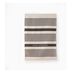 Good Times Tea Towels - Who doesn't like stripes? Keep it simple with these linen tea towels that are 100% linen, eco friendly and made of flax!