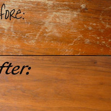 How To Fix Scratches on Wood Furniture ~~ 1/2 cup of vinegar with a 1/2 cup of o