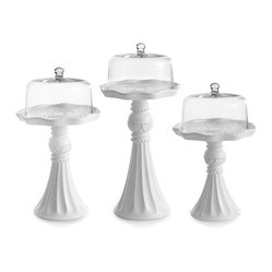 Scalloped Cake Pedestal Set