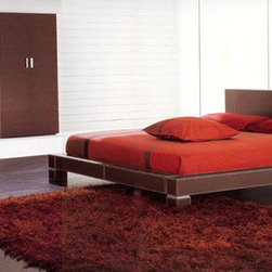 Made in Italy Leather Designer Master Bedroom Furniture - Zen modern european style leather bedroom set (queen/king). Charming beauty and modern style define this excellent contemporary European Design Bedroom Set Collection, made in Italy.