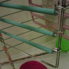 R12 hanger.jpg