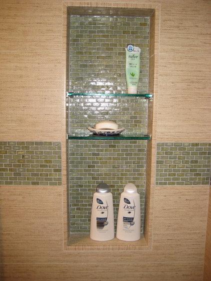 Asian  Small Zen Bathroom