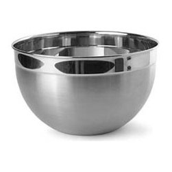 7.5 Quart Stainless Steel Mixing Bowl - I like having a mixing bowl that's a bit larger and lighter than the standard glass bowl to work with. It's great for batters, big pasta dishes and bread making.