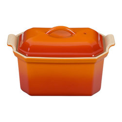 Le Creuset Heritage Stoneware Pate Terrine & Press, Flame Orange - Le Creuset never fails to create the most stylish pieces from oven to tabletop. This Heritage Stoneware Terrine would look absolutely stunning on any table, don't you think?