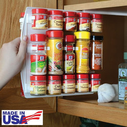 SpiceStor Organizer Spice Rack 40 Clip - Carousel spice racks are sometimes too tall or take up too much space in narrow pantries. This spice rack might not be the most attractive option, but it certainly is practical! Arrange your spices vertically in this pull-out shelf to make organizing snap.
