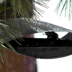 PineBush - Contemporary Style Feeder Flight - One off contemporary Danish design by Morten Kristoffersen. A modern twist in style for feeding wild birds. Finished in metallic jet black.