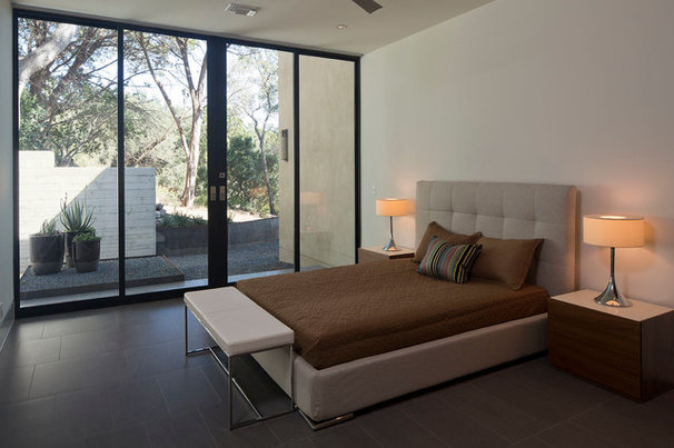 Contemporary Bedroom by LeichtUSA