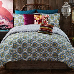 Tracy Porter - Tracy Porter Poetic Wanderlust Rose Boheme Leandre Reversible Duvet Cover - The Leandre duvet cover boasts a beautiful visual dimension with a funky Moroccan pattern that pops in cobalt, teal, and lemon colors. This duvet cover reses to a cobalt chevron stripe print for versatile style.