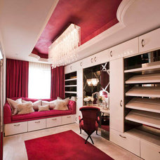 Traditional Closet by Charles Neal Interiors