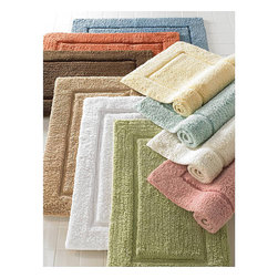 Elegance Bath Rugs - The Elegance bath linen collection defines luxury in the bath. Discover the silky soft feeling and remarkable absorbency of these 100% Egyptian Cotton luxury bath rugs.