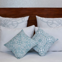 vintagemaya - FRANCIA WHITE MINT - KING DUVET COVER AND SHAM (5 PIECE) SET - The Francia King features a handcrafted white duvet cover and embroidered pillow shams. Inspired by Art Nouveau, skilled artisans hand print Art Nouveau scroll across the decorative pillow shams, transforming the white duvet cover into an organic design. Capturing the natural curves and symmetrical beauty of nature, the Francia King replicates the elegance of natural beauty. This set includes a white pillow sham with mint piping, highlighting the Art Nouveau scroll design. The Francia King creates harmony in the bedroom with a balanced mixture of organic and handmade artistry. Featured with button closures, the white duvet cover includes a 450 thread count and simplistic embroidery that weaves harmonic nature into the Francia King.