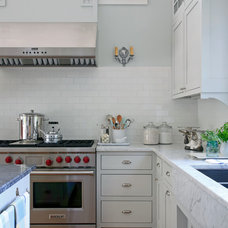 Traditional Kitchen Kelly/KBI/Meredith Corp.
