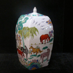Chinese Porcelain Color Oriental Horses Decor Jar - This is a Chinese decoration jar with hand draw difference color horses gathering scenery.