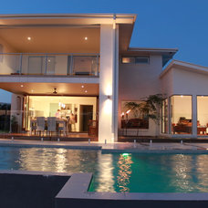 Modern Exterior by Decor by Design