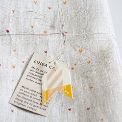 Napkin Hearts by Linea Carta