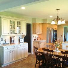 Eclectic Kitchen by Long Kitchen & Bath Design Northville
