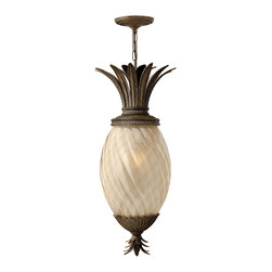 Hinkley Lighting - Plantation Hanger Outdoor - A Hinkley classic, the ornate Plantation collection features exceptional pineapple shaped optic glass, durable brass and aluminum construction and elaborate, decorative cast detailing to create a noble statement.
