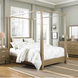 Broyhill - Hampton Queen Poster Canopy Bed - 8054-200 - Hampton Collection