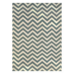 Rugsville - Rugsville  Chevron Ivory Grey Wool 13696-810 Rug - Rugsville Chevron stripes are everywhere we look, from the runway to the showroom. Hand Woven in a soft wool weave of durable, non-fading, washable 100%. To clean, just wash with mild soap or rinse with a hose. Use of a Rug Pad, is recommended.