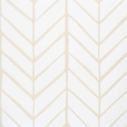Serena & Lily - Feather Wallpaper Bone - Taking its cue from traditional herringbone and chevron patterns, our original design is both graphic and organic on pure white. We love how the lines are perfectly imperfect, an effect that could only be brought to life to such exacting detail by one of the country 's most historic wallcovering manufacturers.