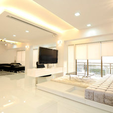 Modern Family Room by Sonali shah