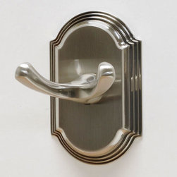 Ridgeview Robe Hook - This robe hook easily creates extra space for hanging robes and towels in your bathroom, or clothes and coats in any room of your home. The subtle design blends well with traditional and contemporary rooms. Pair with other matching Ridgeview Collection bath accessories.