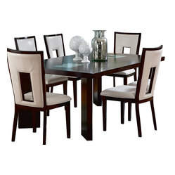 steve silver steve silver delano 60x44 dining table for a sleek and contemporary look the. Black Bedroom Furniture Sets. Home Design Ideas