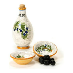 Artistica - Hand Made in Italy - RUSTICA: Oil Cruet and two Dipping bowls (2.5 Diam. ) - Get your taste buds going with some fresh hot Italian bread dipped in a good olive oil jazzed with some pepper and thyme - a favorite way to begin a meal in all the best Italian restaurants.